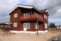 Rąstinis namas (22)
